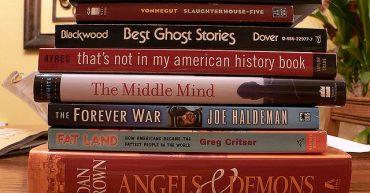 Зачем читать книги на английском языке: причины начать чтение при обучении 25